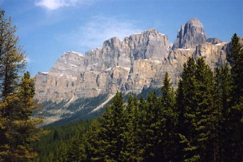 Banff National Park History, Facts & Attractions