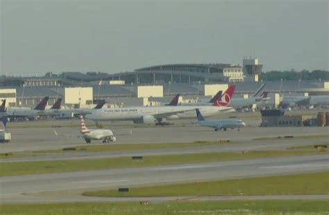 """Airport Webcams on Twitter: """"LIVE: Chicago inbounds have"""